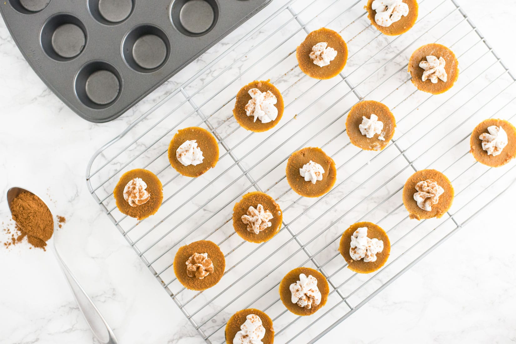 Vegan Mini Pumpkin Pies -- These delicious mini pumpkin pies will make it hard to eat just one. Packed with ingredients like coconut oil, pumpkin, and coconut sugar, this recipe is the perfect fall treat.   mindfulavocado