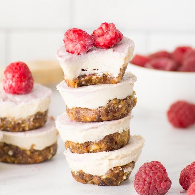 Raspberry Raw Cheesecake Bites