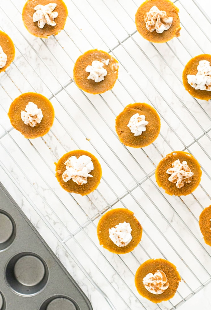mini vegan pumpkin pie bites on cooling rack