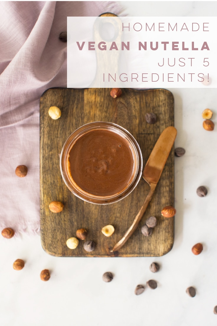 Homemade Nutella is so EASY to make and only requires 5 ingredients! Naturally vegan and gluten-free, this spread can be enjoyed for breakfast or a snack. #vegan #vegetarian #glutenfree #nutella #chocolate #hazelnuts #dessert #healthy | mindfulavocado