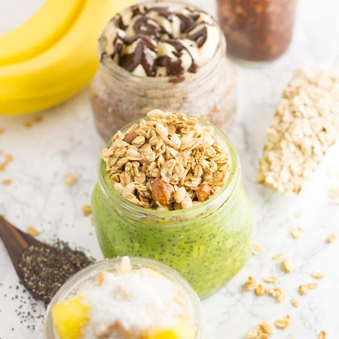 mason jars with vegan overnight oats