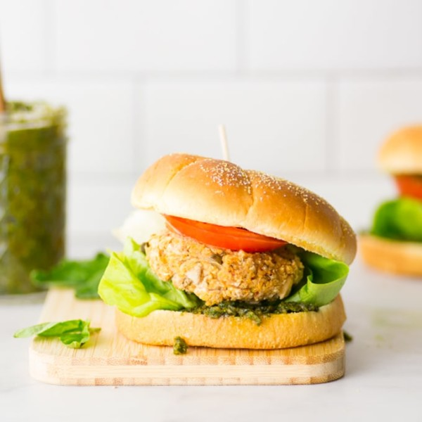 vegan and gluten freen white bean burger with homemade pesto on bun