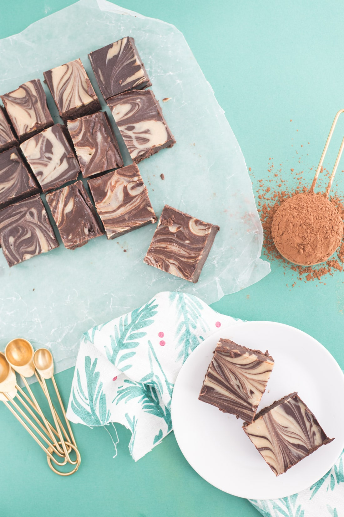 Tahini Swirl Vegan Fudge -- This fudge is so rich and decadent sans all the butter, dairy, and refined sugar. Tahini, coconut oil, maple syrup, and chocolate create this vegan fudge masterpiece. | mindfulavocado