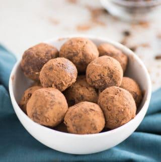 Peanut Butter Mocha Energy Balls