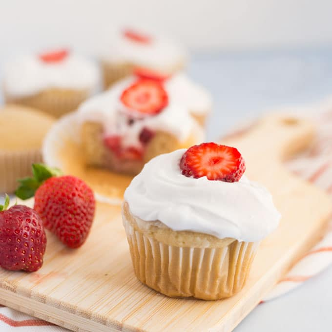 Vegan Strawberry Shortcake Cupcakes