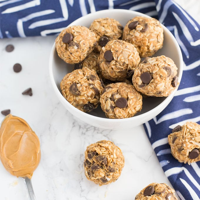 Peanut Butter Chocolate Chip Energy Bites
