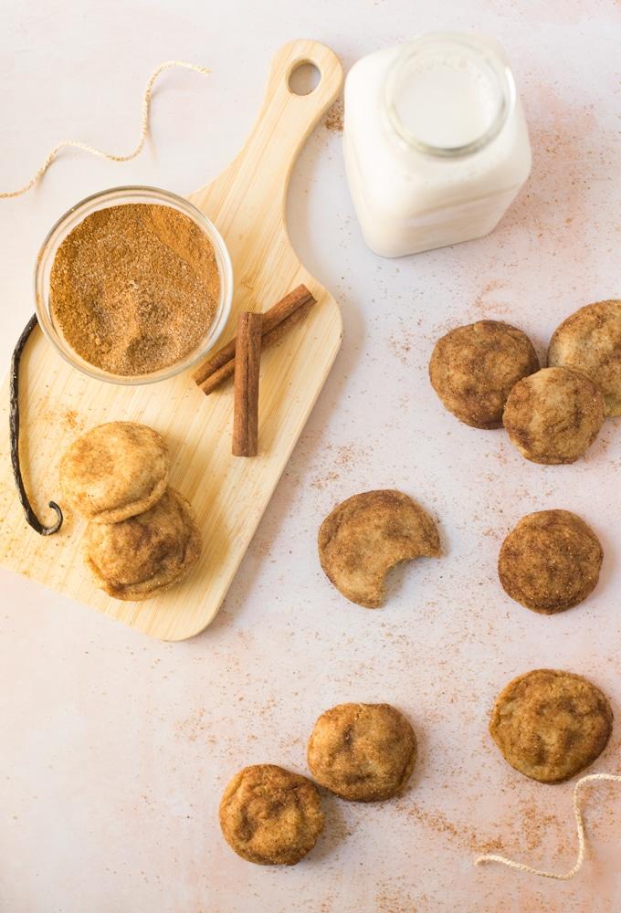 vegan chai snickerdoodles with vanilla, cinnamon, sugar, and milk