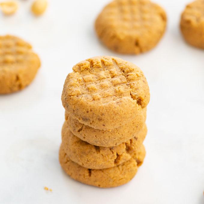 stacked vegan peanut butter cookies