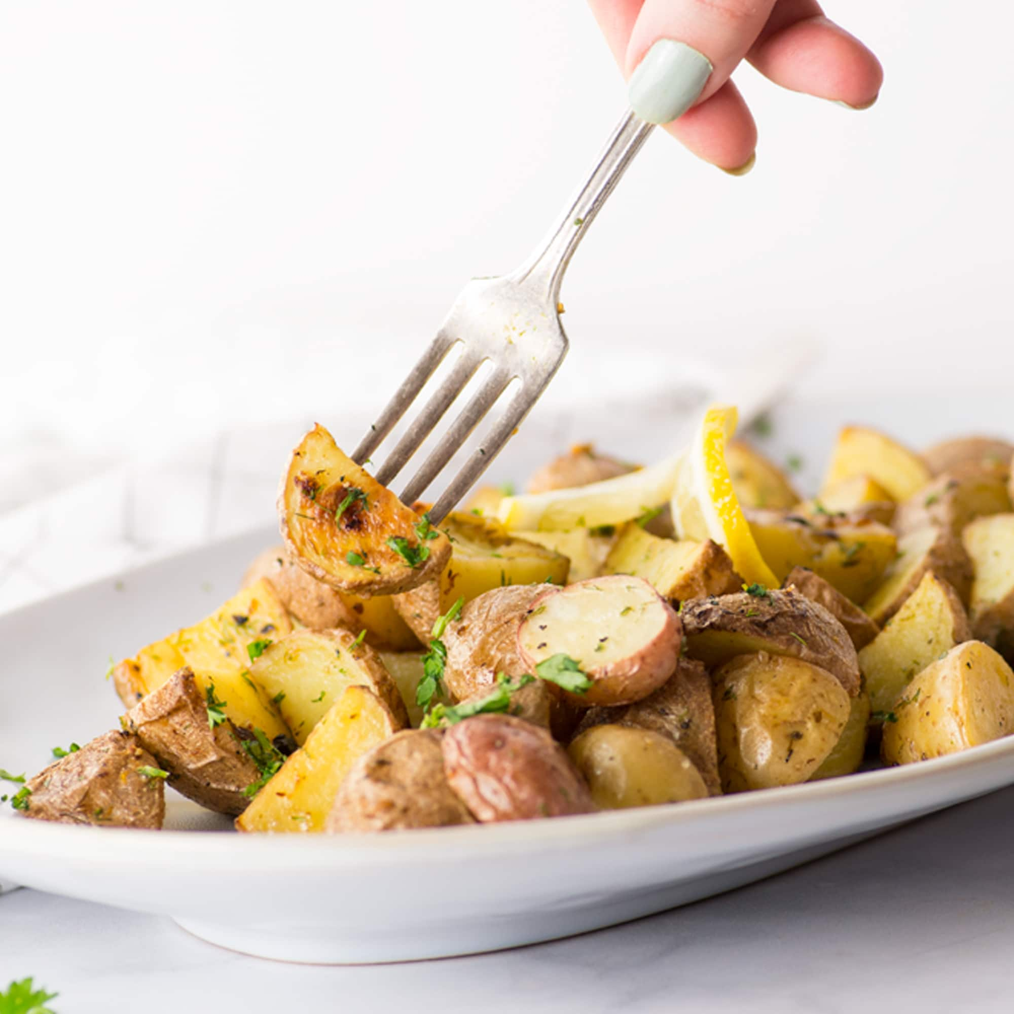 Lemon Dill Oven Roasted Red Potatoes