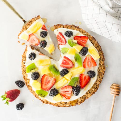 Healthy Fruit Pizza with Granola Crust