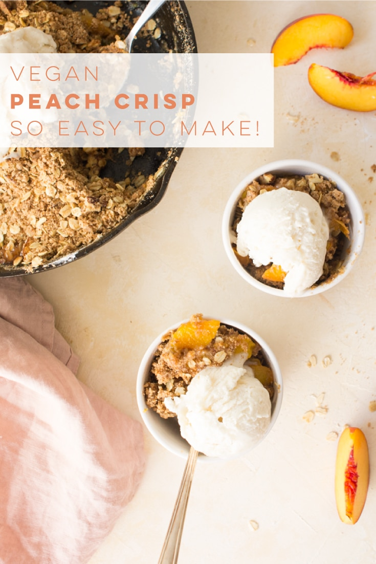 Vegan peach crisp is so easy to make and the perfect Summer dessert recipe. Fresh peaches combined with an irresistible oat pecan topping. This healthy dessert is a must try! #peachcrisp #peaches #vegandessert | Mindful Avocado