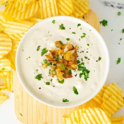 Homemade French Onion Dip {Vegan!}