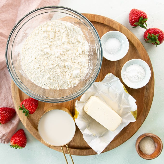 ingredients for vegan strawberry shortcake