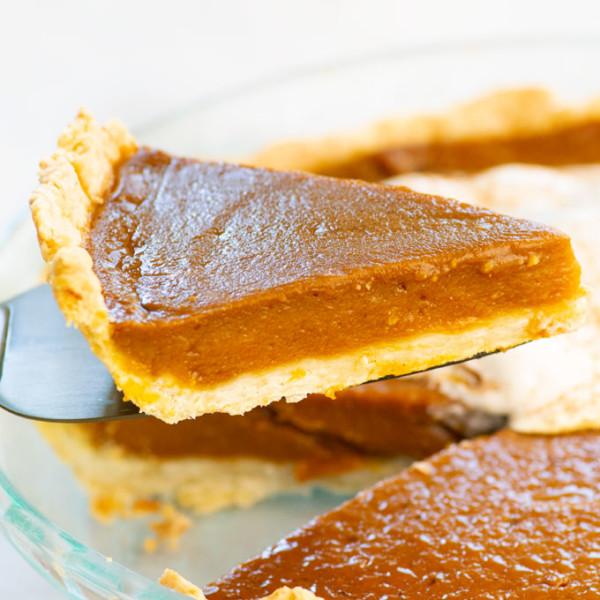 slice of vegan pumpkin pie