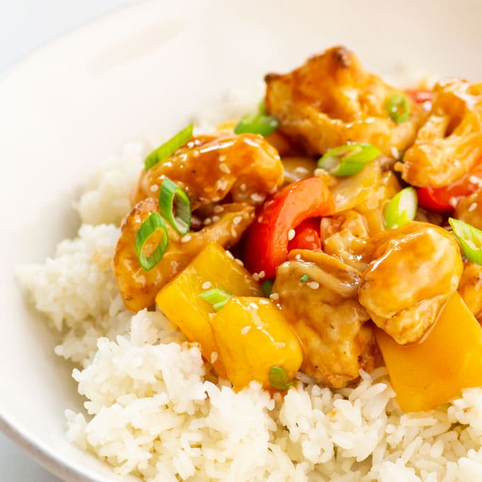 sweet and sour vegan cauliflower with pineapple and bell peppers